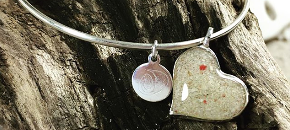 Beach Bangle – Heart